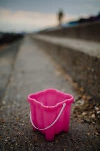Small pink bucket.